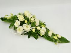Kod: KOM017, bouquets Grave Decorations, Indian Wedding Decorations, Flower Decorations, Christmas Decorations, Funeral Arrangements, Flower Arrangements, Funeral Tributes, Cemetery Flowers, Sympathy Flowers