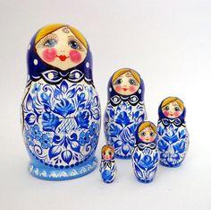 Bluewhite matryoshka russian dolls nesting 5 dolls by FolkSouvenir