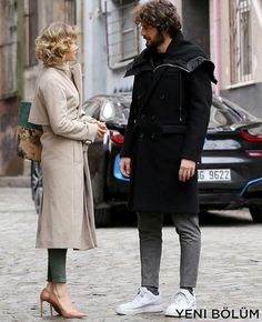 Tv Couples, Couples Images, Love Couple Images, Tv Show Outfits, Classic Chic, Turkish Actors, Bearded Men, Everyday Fashion, Style Icons