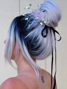 See here the beautiful and modern ideas of top knot bun and updos to enhance the. - - See here the beautiful and modern ideas of top knot bun and updos to enhance the beauty of your of your . Hair Dye Colors, Cool Hair Color, Ombre Hair Color, Edgy Hair Colors, Galaxy Hair Color, Dyed Hair Ombre, Red Ombre, Dye My Hair, Aesthetic Hair