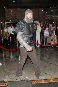Gerard Butler Halloween 2014 your knight in shining armour has arrived Gerard Butler Movies, Knight In Shining Armor, Hot Actors, Fine Men, Canada Goose Jackets, Hot Guys, Handsome, Winter Jackets, Lady