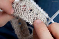 Ohje: Nyppyreuna esim. villasukkaan Wool Socks, Knitting Socks, Fingerless Gloves, Arm Warmers, Crochet Earrings, Crafts, Slippers, Tips, Knit Socks