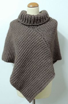 PONCHO: would be fun to try with crochet. Poncho Au Crochet, Crochet Cape, Crochet Shawls And Wraps, Tunisian Crochet, Knit Or Crochet, Crochet Scarves, Crochet Clothes, Crochet Patterns, Knitting