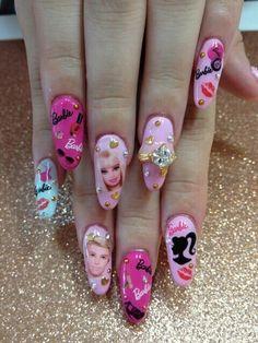 Barbie Nails ♥