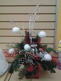Snowman and snowballs!  Cindy 2717