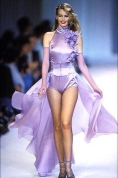 As one of the reigning supers, Claudia Schiffer ruled the hautest catwalks in the '90s. Click through to see 24 vintage photos of her best runway moments.