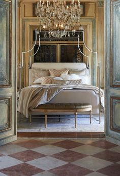 Artisans at a family-owned Italian mill embellish our refined Novara Percale Bedding with a old-world, jacquard-woven design. The medallion scrollwork takes its inspiration from the 18th century Baroque tapestries of Italy's Royal Palace of Caserta.