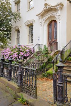 Row House, Charleston, SC via Hue and Eye