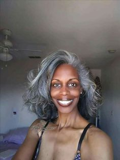 Ideas For Hair White Silver Grey Ageless Beauty Silver Haired Beauties, Curly Hair Styles, Natural Hair Styles, Salt And Pepper Hair, Silver Grey Hair, Grey White Hair, Dark Grey, Peinados Pin Up, Pelo Natural