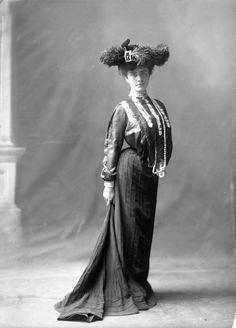 Mlle Eileen Clemow. Octobre, 1902