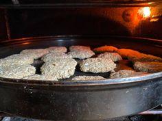 Cookpad - Make everyday cooking fun! Vanishing Oatmeal Raisin Cookies, Best Oatmeal Cookies, Oatmeal Cookie Recipes, Hot Bacon Dressing, Most Popular Desserts, Good Food, Dessert Recipes, Baking, Fun