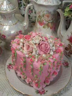 (Days Of Roses) Fake Cake