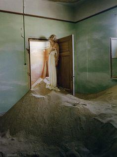 ☆ Agyness Deyn   Photography by Tim Walker   For Vogue Magazine UK   May 2011 ☆ #Agyness_Deyn #Tim_Walker #Vogue #2011