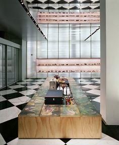 OMA- Koolhaas  PRADA NEW YORK, USA, NEW YORK, 2001  Prada Epicenter