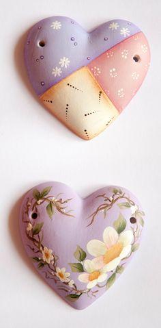 Cuori in porcellana decorati a mano by I Ninnoli di Roby e Anto