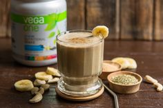 Yerba-Mate-Energizing-Smoothie: we drink Yerba mate traditionally but this is a new twist