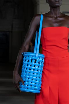 Mode Spring 2020 Fashion Show Details. All the fashion runway close-up details, shows, and handbags from the A. Mode Spring 2020 Fashion Show Details. Fashion Week, Fashion Bags, Runway Fashion, Fashion Show, Fashion Accessories, London Fashion, Japan Fashion, India Fashion, Dress Fashion