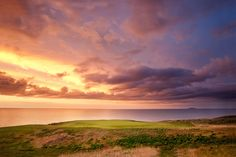 The wee is one of the most picturesque holes at Cabot. Inverness Nova Scotia, Inverness Cape, Cabot Links, Great Works Of Art, Cape Breton, Pebble Beach, Travel Destinations, Golf Courses, Around The Worlds