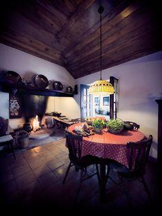 Quinta da Fontoura - Turismo Rural - Country side accommodation - Portugal - Cozinhas típicas - Comida boa - Cozy kitchens - Comfort food