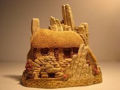 DAVID WINTER'S Crofter's Cottage in Original Box Marked 1986 by BackStageVintageShop on Etsy