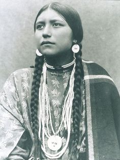 Uncredited Photographer     Unnamed Lakota Woman     c.1890