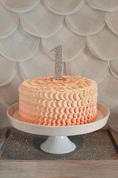 Elegant Glamorous Girl 1st Birthday Party Planning Ideas