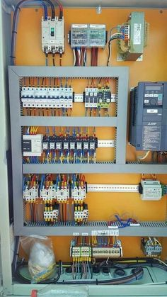 Electrical Panel Wiring, Electrical Circuit Diagram, Electrical Installation, Electrical Fittings, Electrical Engineering Books, Electrical Projects, Electronics Projects, Electronic Engineering, Hvac Maintenance