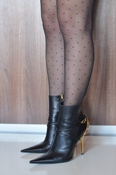 High heels shoes and boots for sale, used and new. Brown High Heel Boots, Thigh High Boots, High Heels, Stiletto Boots, Heeled Boots, Pantyhose Heels, Sexy Boots, Black Leather Boots, Fashion Boots