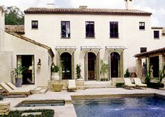 """Luv the multiple doors for back entrance to gorg patio/pool. """"Shall we dine pool-side tonight?"""" *I wish* - Eleanor Cummings Interior Design"""