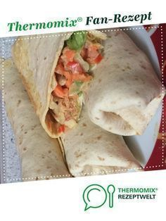 Turkey and vegetable wrap by A Thermomix ® recipe from the main course with meat category at www.de, the Thermomix ® Community. Turkey vegetable wrap Wiebke Bluwatsch wbluwatsch Thermomix Turkey and vegetable wrap by Wrap Recipes, Snack Recipes, Dinner Recipes, Pizza Recipes, Turkey Recipes, Crockpot Recipes, Healthy Snacks, Healthy Recipes, Southern Recipes