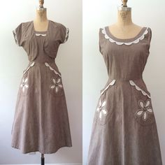 1950s dress / 1950s Vicky Vaughn dress / Calico Flower dress by nocarnations on Etsy https://www.etsy.com/listing/191806478/1950s-dress-1950s-vicky-vaughn-dress
