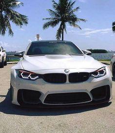 BMW F82 M4 white widebody