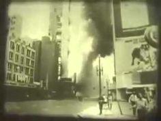 Edificio Andraus (conhecido tambem como prédio da Pirani, uma loja de departamentos que ocupava os primeiros andares do edificio e que mantinha um enorme letreiro anunciando o nome da loja em sua fachada de frente para a avenida Sao Joao) - 24 de Fevereiro de 1972