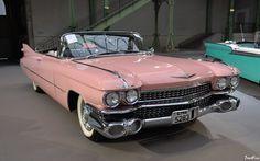 1959 Cadillac, Rosa Cadillac, Cadillac Cts Coupe, Cadillac Series 62, Pink Cadillac, Old Vintage Cars, Old Cars, Antique Cars, Vintage Pink