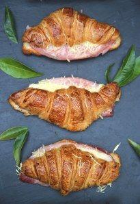 Croissant au jambon fromage : Recette de Croissant au jambon fromage - Marmiton