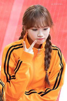 190107 MBC Idol Star Athletics Championships - 2019 New Year 설특집 아육대) Sakura Miyawaki, Yu Jin, Japanese Girl Group, Kim Min, Kim Doyeon, 3 In One, The Wiz, First Photo, Korean Girl