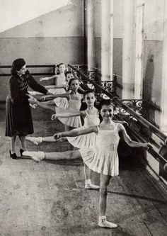 bolshoi ballet school ♥ www.thewonderfulworldofdance.com #ballet #dance