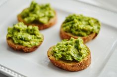 The Art of Comfort Baking: Avocado Toasts Appetizer Recipes, Yummy Recipes, Vegetarian Recipes, Healthy Recipes, Protein Rich Diet, Tiny Food, Appetisers, 4 Kids, Recipe Box