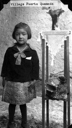 Juan Mendez' daughter | por The Field Museum Library