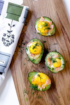 Instruktioner Maxi Pencil Skirt, Lchf, Avocado Egg, Wine Drinks, Low Carb Recipes, Breakfast Recipes, Food Porn, Brunch, Food And Drink