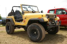 Jeep Wrangler - YJ with Mile Marker Winch 1999 Jeep Cherokee, Jeep Wrangler Yj, Jeep Stuff, Black Labs, Jeeps, Nifty, Offroad, Marker, 4x4