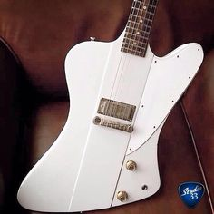 Firebird Friday! Here's a 1963 #GibsonFirebird I from @kcvintageguitars #Gibson Learn to play guitar online at www.Studio33GuitarLessons.com