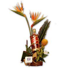 Guatemala: Florales Vogue: Ocasión: Exotico especial con Wishky: funerarios,pesame,flores en guatemala, flores guatemala,flores de guatemala,flores express, tipos de flores,flores a domicilio,regalos originales,cumpleaños,aniversario,regalo perfecto,para hombres,para novios,de amor, tarjetas para ,enviar regalos, mujer,creativos,ideas,especiales,regalos a domicilio,para el,tienda de regalos,ideas para regalar,detalles,corporativos,envío regalos…