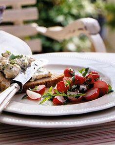 Frühlings-Camembert mit Radieschensalat