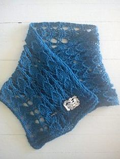 "The Lazy Knitter's Cowl by MARIA ZILAKOU Love the idea of having a ""cowl"" that can show off a dazzling pin/button"