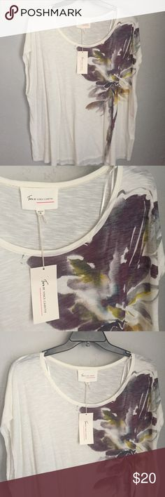 Vince Camuto top Sheer off white tee with floral splatter graphic. Super cute and comfy! Two by Vince Camuto Tops Tees - Short Sleeve