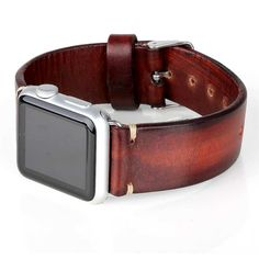 Handcrafted Apple Watch Band in vegetable tanned leather. Fullgrain italian calf skin. Handstained. This accessory is entirely designed and produced