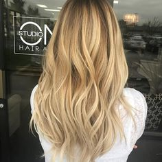 This beauty loves those buttery blonde tones! I think we nailed it! Styled by @hairbybayliecone ✨✨✨✨✨✨✨✨✨✨