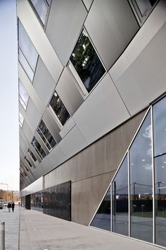 La Factory - Offices in Boulogne Mateo Arquitectura