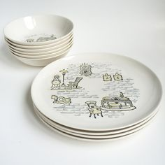 6 bowls, 4 plates by PowersMod on Etsy